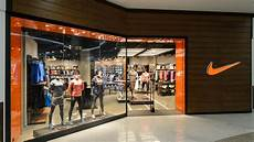 nike opens new nike store in republic