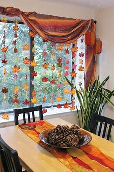Herbst Basteln Fenster - crafting with leaves many craft ideas for adults and