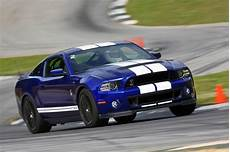 ford mustang gt 500 2013 ford mustang shelby gt500 hits 200 mph at nardo