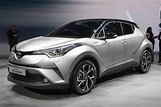 Toyota C Hr Lagerwagenaktion Deutsche Neuwagen Mit