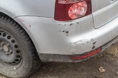 schaden am auto verursacher unbekannt bagatellschaden unfall schadensregulierung 2019