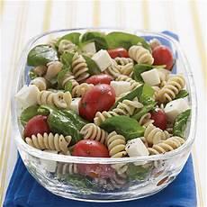 tomate mozzarella dressing spinach tomato fresh mozzarella pasta salad italian