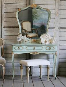Shabby Chic Vintage Bedrooms
