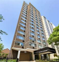 Apartments Chicago Friendly by 1330 N Dearborn Cat Friendly Ppm Apartments