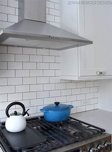 How To Install Subway Tile Backsplash Kitchen Subway Tile Kitchen Backsplash Installation Burger
