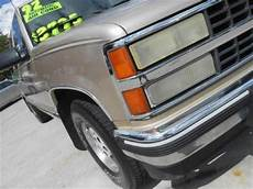 electric and cars manual 1992 chevrolet suburban 1500 interior lighting find used 1992 chevrolet suburban 1500 in 1849 s woodland blvd deland florida united states