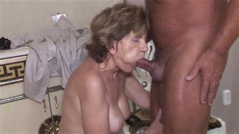 Best Tranny Porn Tube