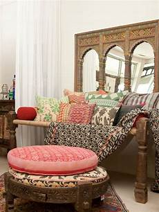 Bedroom Color Ideas In India by Best 25 Indian Room Decor Ideas On Indian