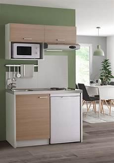 cuisine studio look naturel tout en douceur pour cette kitchenette