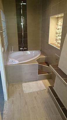 baignoire en coin avec salle de bain de ma chambre parentale coin bain