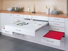 Küchenschrank Mit Ausziehbarer Arbeitsplatte - die besten 25 ausziehbarer tisch ideen auf