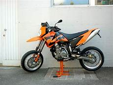 2007 Ktm 640 Lc4 Supermoto Photos Informations Articles