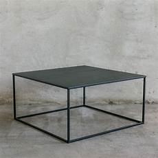 simplex ii couchtisch aus metall 90x90 cm minimalistisch