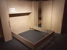 spiegel für schlafzimmer neu schlafzimmer led massiv bett eckschrank m spiegel 4