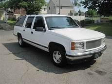how to work on cars 1996 gmc suburban 2500 seat position control sell used 1996 gmc c1500 suburban sle rust free excellent paint runs and drives like new in