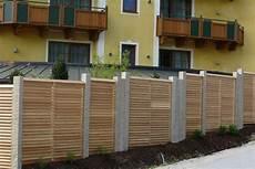 Zaun Sichtschutz Natur Holz Gartengestaltung Gartenbau