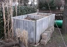 komposter selber bauen stein kompostverkleidung aus beton und edelstahl