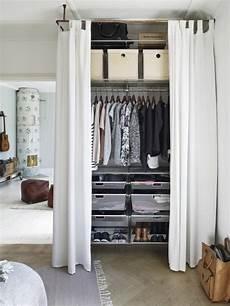 Begehbarer Kleiderschrank Mit Vorhang - ein blick hinter den vorhang diy m 246 bel schlafzimmer