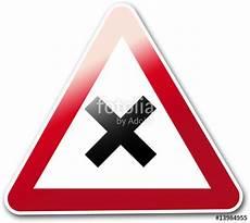 panneau triangle croix quot panneau routier croix quot photo libre de droits sur la banque d images fotolia image 13984955