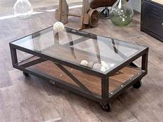 table basse metal verre table basse verre bois m 233 tal au design industriel sur