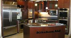 kitchen faucets kansas city lenexa ks showroom ferguson supplying kitchen and bath products home appliances and more