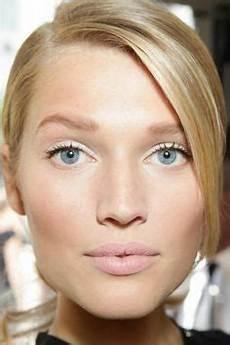 maquillage pour aux yeux bleus 62 meilleures images du tableau maquillage yeux