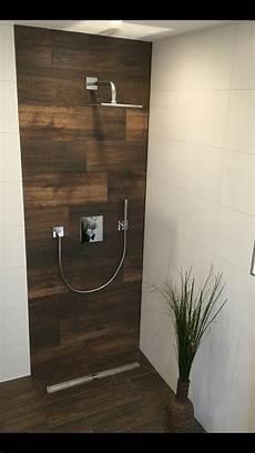 Dusche Holzoptik Fliesen Design In 2019 Badezimmer
