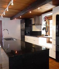 design de cuisine moderne et maison ancienne sc designer
