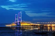 Gambar Pemandangan Jembatan Suramadu Gambar Pemandangan