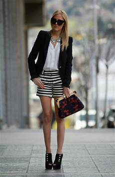 Le Style Casual Chic 32 Tenues Confortables Pour Femmes