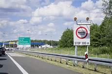 Urlaub Pkw Maut Wohin F 228 Hrt Der Spiegel