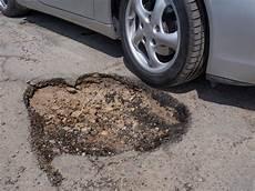 asphalt risse ausbessern teer ausbessern 187 anleitung in 3 schritten