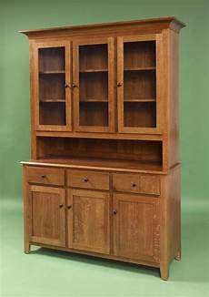 hutch kitchen furniture 289 best amish hutches images on amish