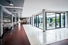 Zulassungsstelle Frankfurt Am - bommhardt innenausbau