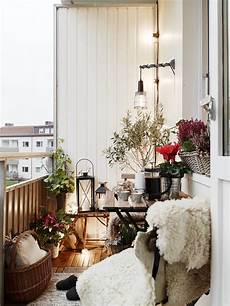 50 Cozy Balcony Decorating Ideas