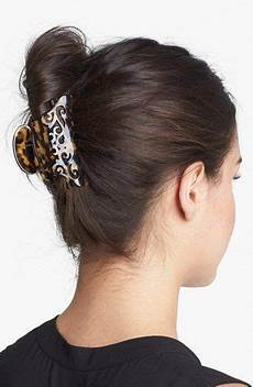 fashionable vertical updo with claw clip clips and accessories hairstyles meilleures