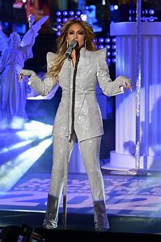 jennifer lopez 2021 jennifer lopez performs during 2021 dick clark s new years