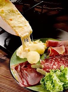fromage pour raclette originale v 233 ritable raclette recettes d hiver recette recette