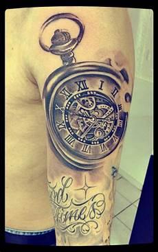 tatouage montre a gousset avant bras tatouage bras montre
