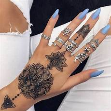 beautiful and mysterious arabic tattoos to inspire you