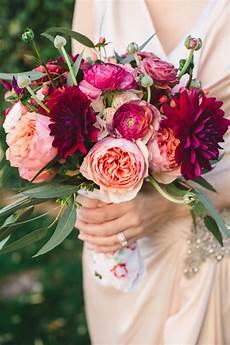 wedding flowere these 4 tricks will help you diy your wedding bouquet