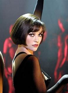 short bob hairstyle catherine zeta jones in chicago musical actors pinterest