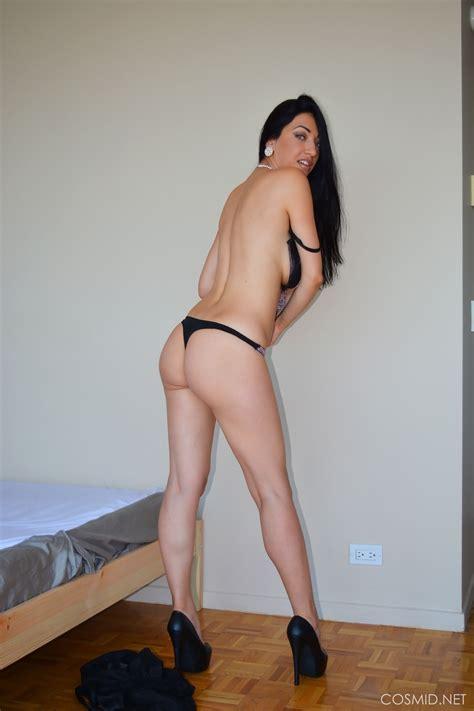 Hannah Murray Nude