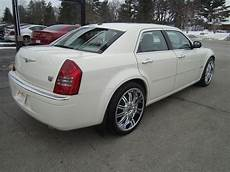 how to sell used cars 2006 chrysler 300 lane departure warning 2006 chrysler 300 pictures cargurus