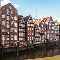 Tourist Info Hamburg - hamburg guided city walk hamburgtourist info