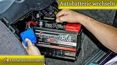 autobatterie wechseln so geht s ausf 252 hrlich erkl 228 rt