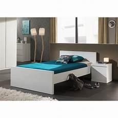 lit moderne blanc lit enfant quot lara quot 120x200cm blanc