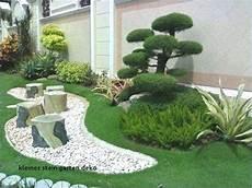 vorgarten mit rindenmulch und steinen vorgartengestaltung mit steinen und kies gartengestaltung