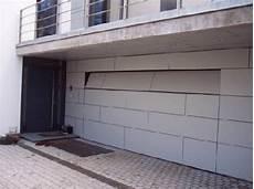 Garage Toren by Fl 228 Chenb 252 Ndige Garagentore Garage In 2019 Garagentore
