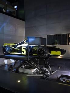 Simulateur Pilotage De Voiture De Course Simulateur
